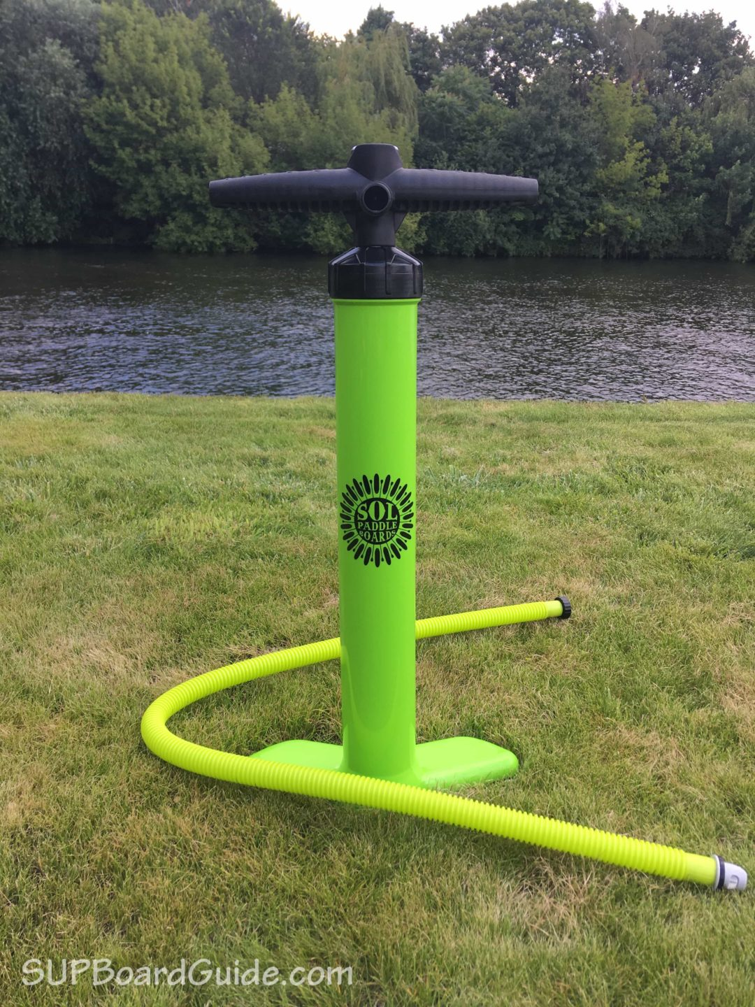 Inflatable SUP pump green