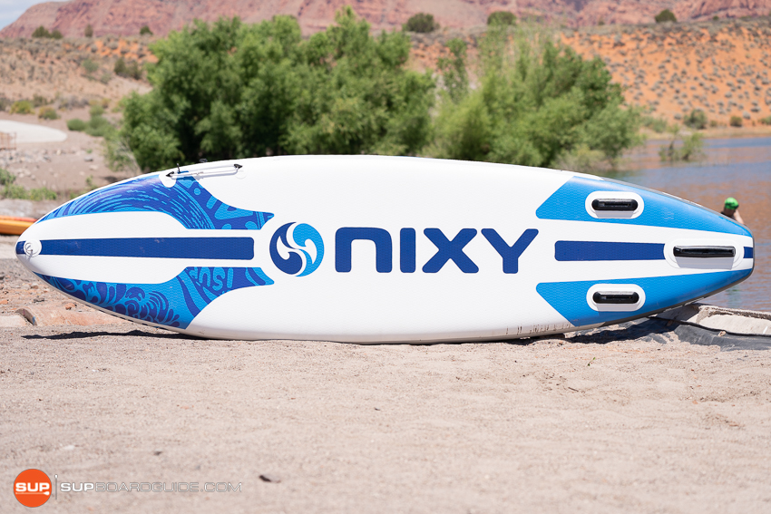 Nixy Newport G4 Bottom Design and Shape